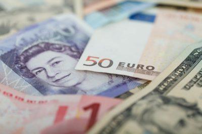 外貨預金は危険