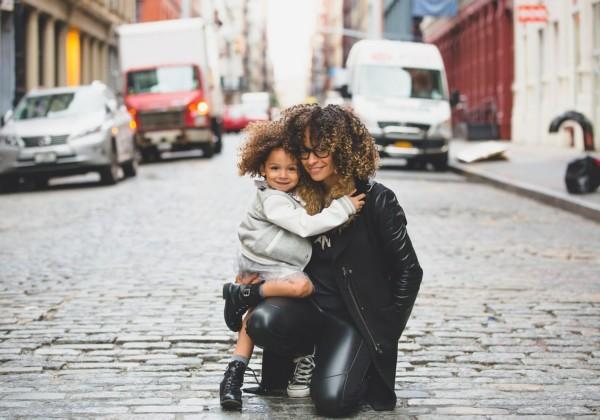 シングルマザー向け手当助成金