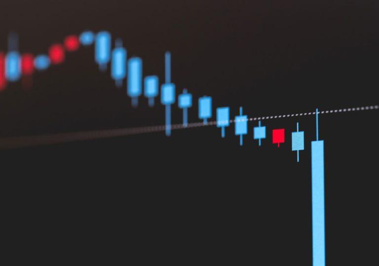 インデックス投資は株価暴落に強くない